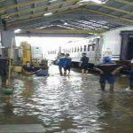 stasiun-bandung-direndam-banjir-sejumlah-kereta-tertahan-ueqbvav76b