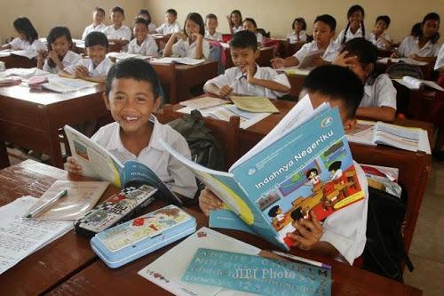 Photo of Buku Modul Gratis Tak Terealisasi, Pelajar Depok Terancam Krisis Buku