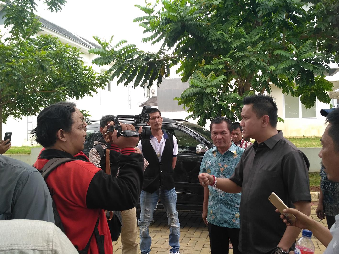 Photo of Ketua DPRD Depok Sebut PT Megapolitan Permainkan Nasib Warga Penggarap