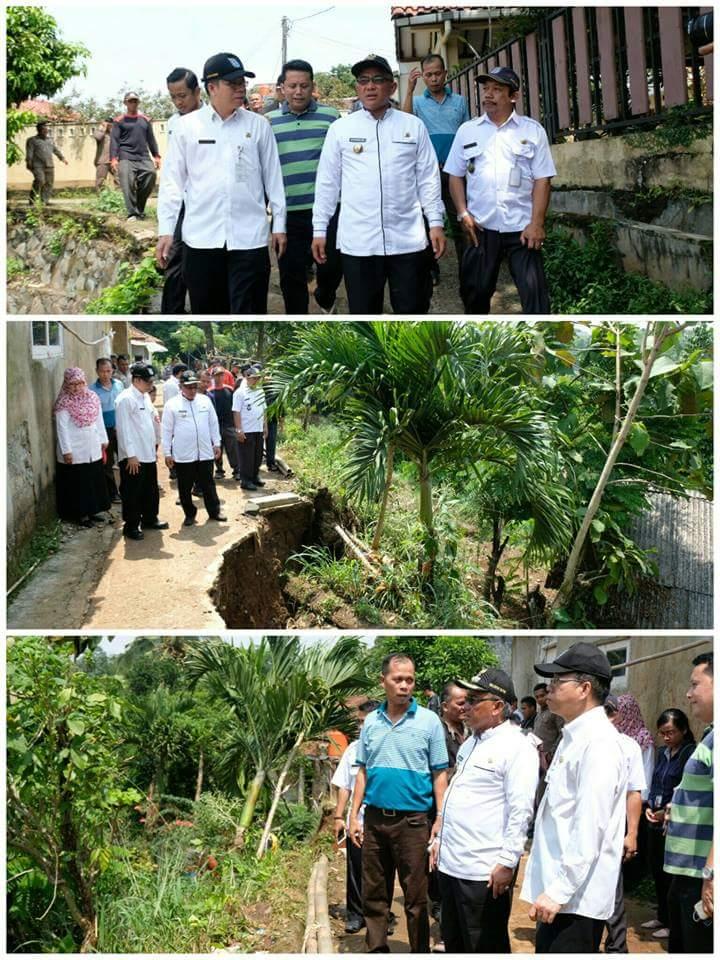 Photo of PUPR Depok Tanggap Darurat Longsor di Pondok Jaya